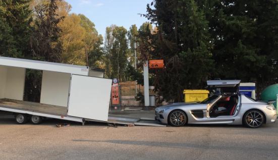 Перевозка Mercedes-Benz SLS AMG в автосалон Германии